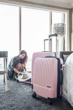 @notjessfashion with our Pink Davis Luggage Set #CalPak