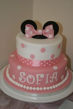 Minnie Mouse Birthday Cake ~ so cute!