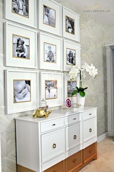 7 Ways to Upgrade IKEA Picture Frames Want to give those plain old IKEA frames a little extra bit of pizazz? Here are seven creative (and inexpensive!) ways to dress them up. Ikea Picture Frame, Picture Walls, Photowall Ideas, Ikea Pictures, Frames On Wall, Gold Frames, Black Frames, Wall Collage, Living Room Decor