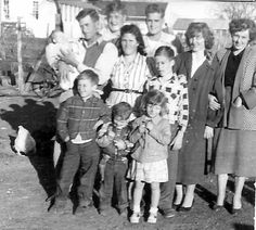 Genealogy Sphere: Wordless Wednesday: Willie Dee CREWS & Family