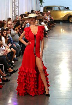 El Museo de Automóvil acoge este fin de semana la tercera edición de la Feria Internacional de Moda Flamenca