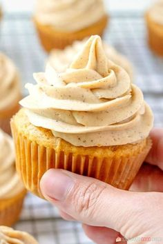 Pumpkin Cupcakes with Pumpkin Spice Cream Cheese Frosting - Full of pumpkin flavor and perfect for Fall baking! Pumpkin Cupcakes with Pumpkin Spice Cream Cheese Frosting --- PIN THIS RECIPE --- Are y'all ready for Pumpkin Spice Cupcakes, Pumpkin Dessert, Pumpkin Pumpkin, Pumpkin Cheesecake Cupcakes, Pumpkin Foods, Pumpkin Drinks, Pumpkin Spice Bread, Pumpkin Sugar Cookies, Fall Desserts