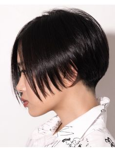 Choppy Bob Hairstyles, Short Bob Haircuts, Cute Hairstyles For Short Hair, Short Hair Cuts, Levi Haircut, Pixie Haircut, Biolage Hair, Bob Hair Color, Cabello Hair
