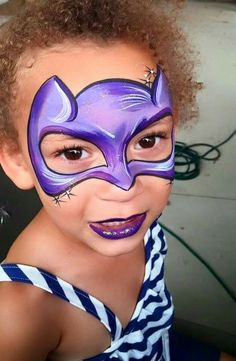 Glitter Nail Tips Info: 6195352922 Batgirl Face Paint, Batgirl Makeup, Superhero Face Painting, Face Painting For Boys, Mask Face Paint, Face Paint Makeup, Face Painting Images, Face Painting Designs, Girl Halloween Makeup