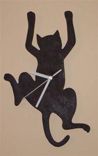 Large Wood Clock, Vinyl Record Crafts, Traditional Clocks, Modern Clock, Clock Art, Alley Cat, Scroll Saw Patterns, Cat Drawing, Tool Storage