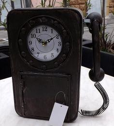 OROLOGIO PARETE E DA APPOGGIOa forma di Telefono!!In metallo!color nerocm 27x34x11materiale: METALNota la Lavorazione!!!!
