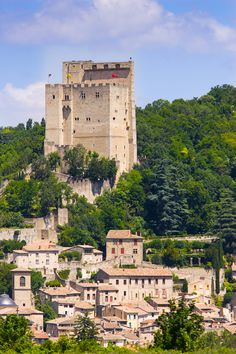 Tour de Crest - Plus haut donjon de France - Donjon Médiéval - Rhône-Alpes…