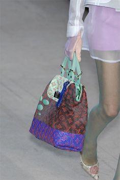 d42ecc0f2386 33 Best Handbags I love! images | Beige tote bags, Satchel handbags ...