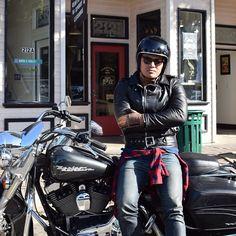Our buddy Mark from @los_angeles_moto stopped by Tankfarm & Co yesterday. Looking sharp! #Motorcycles #Bell #Bellhelmets #Tankfarm #TankfarmCo