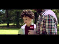 Anuncio Coca Cola Tradición Familiar - CocaCola 2014 - Spot Publicitaro (Retirado) - YouTube Teaching Spanish, Videos, Youtube, Couple Photos, Texts, Warm, Tv, Food, Labyrinths