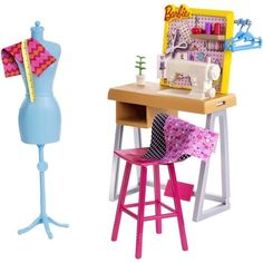 VISIT FOR MORE Barbie Career Fashion Design Studio Playset The post Barbie Career Fashion Design Studio Playset appeared first on Fashion design. Mattel Barbie, Barbie And Ken, Barbie Dolls, Barbie Bike, Doll Clothes Barbie, Barbie Doll House, Barbie Style, Sewing Station, Barbie Playsets