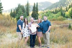 extended family photography Daughtry Extended Family - Shaunie Sullivan Photography utah family photography, utah family photographer, family photographer in salt lake, fam Extended Family Pictures, Summer Family Pictures, Large Family Poses, Family Picture Poses, Beach Family Photos, Family Photo Outfits, Family Photo Sessions, Extended Family Photography, Utah Wedding Photographers