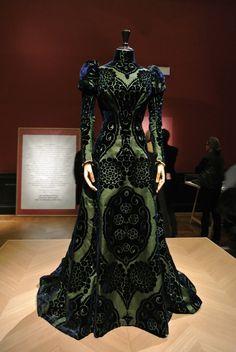 Le blog de Gabrielle Aznar: La mode retrouvée, la comtesse Greffulhe ;http://www.gabrielleaznar.fr/2015/11/la-mode-retrouvee-la-comtesse-greffulhe.html