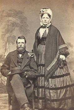 CDV PHOTO GENTLEMAN & WIFE IN BEAUTIFUL PERIOD FASHION DRESS COOPERSTOWN NY 1860