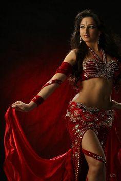 8b6b02f53e0 Brazilian belly dancer Ju Marconato