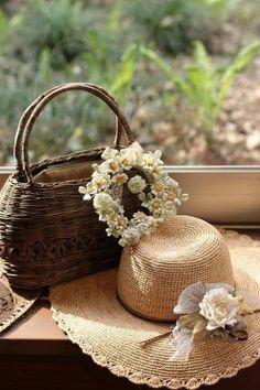 Farm Life, Basket, Straw Hats, Home Decor, Relaxation, Photographs, Summer, Beauty, Beautiful