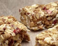 These no-bake granola bars are packed full of healthy ingredients, contain no added sugar and make a great on-the-go snack. Protein Bar Recipes, Healthy Eating Recipes, Protein Bars, Healthy Snacks, Protein Isolate, Soy Protein, No Bake Granola Bars, Savory Snacks, Health Desserts