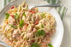 Tagliatelle al Salmone, ein schmackhaftes Rezept aus der Kategorie Fisch. Bewertungen: 10. Durchschnitt: Ø 3,9.