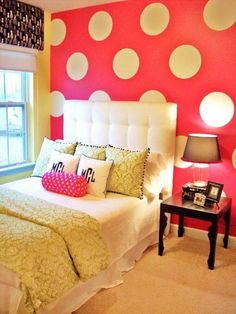 Girl's Bedroom— love that wall!