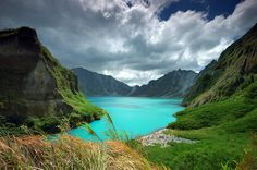 The Most Stunningly Beautiful Lakes in the World - Lake Pinatubo, The Philippines Voyage Philippines, Philippines Travel, Places To Travel, Places To See, Mount Pinatubo, Crater Lake, Seen, Travel Photos, Travel Photography