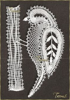 Kantklossen - Google zoeken Types Of Lace, Bobbin Lace Patterns, Lacemaking, Lace Heart, Lace Jewelry, Simple Art, Learn To Crochet, Hobbies And Crafts, Tatting
