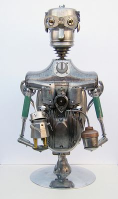 recycle man and son robot | Flichttp://www.flickr.com/photos/lockwasher/522545907/in/set-72157624646107980kr -