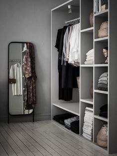 Here are some of the most functional and beautiful walk-in closet ideas to help you create an impeccable, organized dressing area. Scandinavian Apartment, Scandinavian Interior Design, Modern Room Decor, Diy Bedroom Decor, Home Decor, Minimalist Closet, Walking Closet, Wardrobe Storage, Room Inspiration