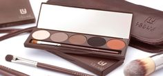 Louise Young Essential Eyeshadow Palette. Want.