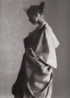 """""""Raw and refined"""". Angela Lindvall by Gilles Bensimon for Elle US March 1998"""