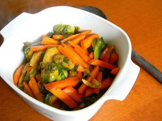 amberZonbie: Caramelized Brussels Sprouts and Carrots