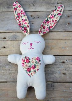 Snuggle Bunny Free pattern and tutorial