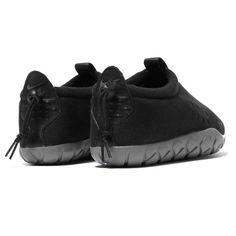 competitive price 4a212 26742 nike Air Moc Tech Fleece Black