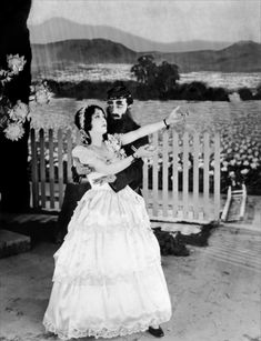 Dorothy Sebastian and Buster Keaton, Spite Marriage, 1929 Silence Is Golden, Popular Series, Joan Crawford, Classic Films, Actors & Actresses, It Cast, Marriage, Bride, Laughing