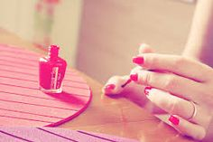 Como fazer uma manicure profissional em casa