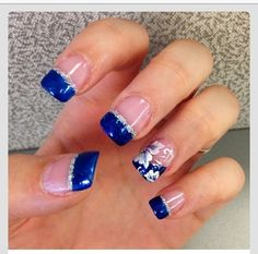 Nails, nail art, nail design, blue, silver, sparkly, flowers, tips