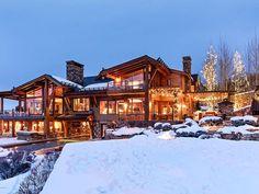 Winter Cabin, Winter House, Dream Mansion, Luxury Homes Dream Houses, Log Cabin Homes, Dream House Exterior, Architecture, My Dream Home, Future House