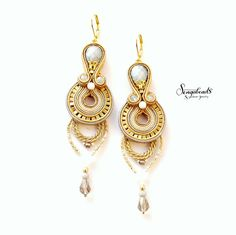 Long soutache earrings in gold. Hand embroidered by Sengabeads