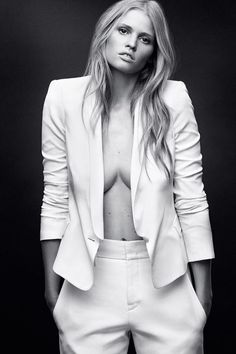 Some of the best fashion photos in BAZAAR: Lara Stone