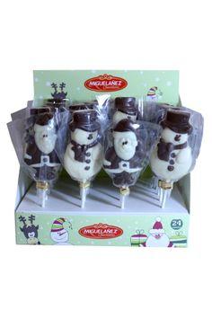¡Estamos como locos porque llegue la navidad! La decoración navideña está prácticamente puesta. ¿Vosotros ya habéis dado un toque navideño a vuestro hogar? ¿Qué os parecen estas piruletas de chocolate con leche en forma de papa Noel y muñeco de nieve?