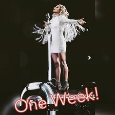 100 vind-ik-leuks, 4 reacties - Carrie Underwood (@carrieuphotos) op Instagram: 'Carrie's new concert film #TheStorytellerTourLive drops in one week!  #Nov17…'