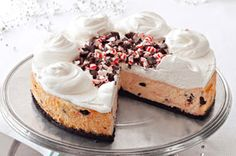 Create this yummy Peppermint Bark Cheesecake with crushed mints, chocolate sandwich cookies and white chocolate. Yule love this Peppermint Bark Cheesecake! Kraft Foods, Kraft Recipes, Peppermint Bark Cheesecake Recipe, Cheesecake Recipes, Dessert Recipes, Christmas Desserts, Christmas Baking, Christmas Cookies, Merry Christmas