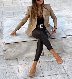 171 Haute Street Style Fashion Outfits for Women Mode Outfits, Fall Outfits, Fashion Outfits, Womens Fashion, White Blazer Outfits, Fashion Tips, Fashion Trends, Classy Outfits, Stylish Outfits