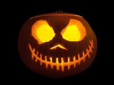 How   Carve a Pumpkin
