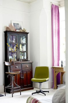 color a stylist's home in london by the style files, via Flickr