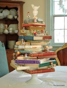 book Christmas tree. what a great idea!