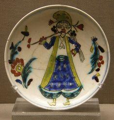 Kutahya Plate Woman Figure 18th – Benaki Islamic Museum Pottery Bowls, Ceramic Pottery, Ceramic Plates, Decorative Plates, Turkish Art, Women Figure, Islamic Art, Glass Art, Turkey