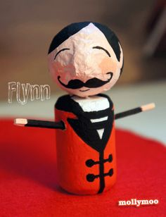 and finally... the ever reliable Flynn, a third generation Pocket Circus ringmaster who doesn't like cheesy one liners :) ..... http://mollymoo.ie/2012/09/new-craft-circus-in-my-pocket/