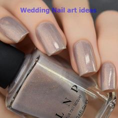 The advantage of the gel is that it allows you to enjoy your French manicure for a long time. There are four different ways to make a French manicure on gel nails. The choice depends on the experience of the nail stylist… Continue Reading → Simple Wedding Nails, Wedding Nails Design, Taupe Nails, Holographic Nail Polish, Bridal Nails, Creative Nails, Trendy Nails, Winter Nails, Beauty Nails