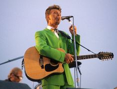 These Photos Show Why David Bowie Is And Always Will Be A Fashion Icon