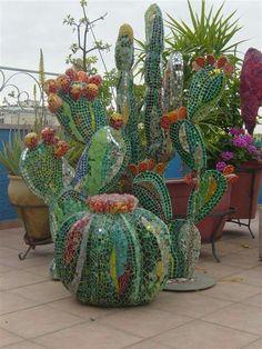 Mosaic Garden Art, Mosaic Pots, Mosaic Diy, Mosaic Crafts, Mosaic Projects, Mosaic Glass, Glass Art, Stained Glass, Mosaic Artwork